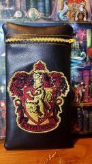 Leather case Gryffindor emblem embroidery design