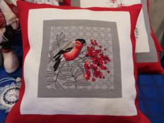 Embroidered cushion with bullfinch cross stitch free design