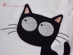Embroidered kitty and spider free design