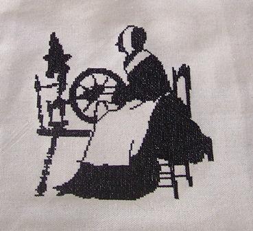 Distaff cross stitch free embroidery design