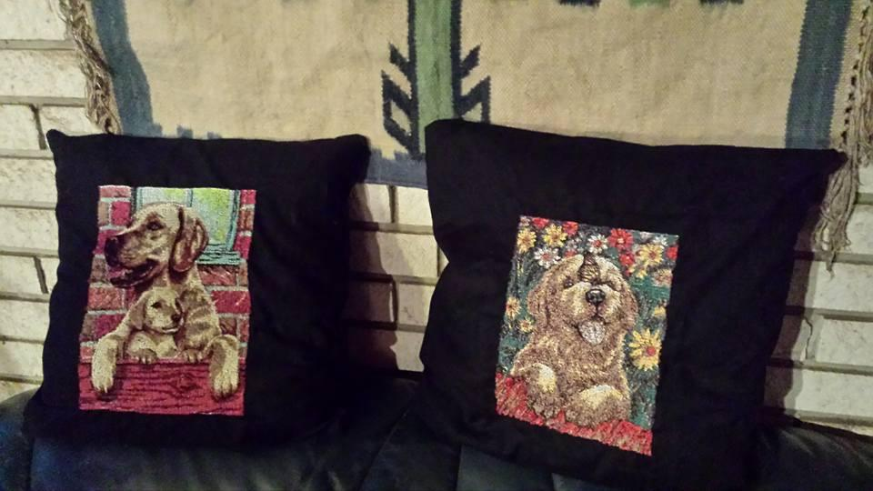 Two cushion with dogs photo stitch free embroidery design