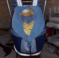 Stylish dachshund machine embroidery design