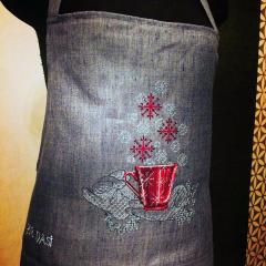 Apron with Christmas cross stitch free embroidery design