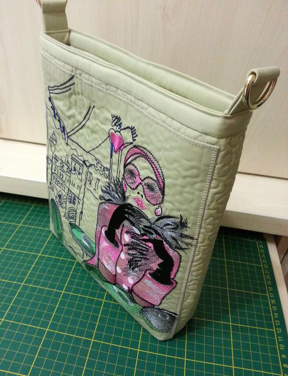 Bag with Paris woman free embroidery design
