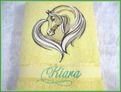 Bath towel with Horse heart free embroidery design