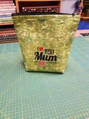 Handbag with I love you Mum free embroidery design