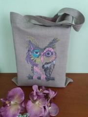 Cotton bag with Owl in color free embroidery design