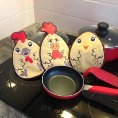 Rooster kitchen potholder free embroidery design
