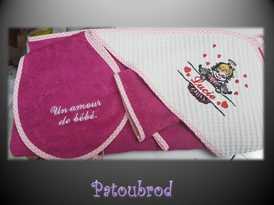 Newborn set with Angel with poster machine embroidery design
