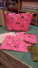 Finished shopping bag with funny frog embroidery designs