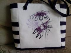 Handbag with chamomiles machine embroidery design