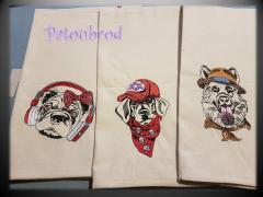 Towels with dogs machine embroidery design