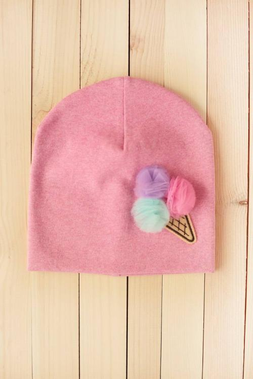 knited hat with waffle cup free embroidery design