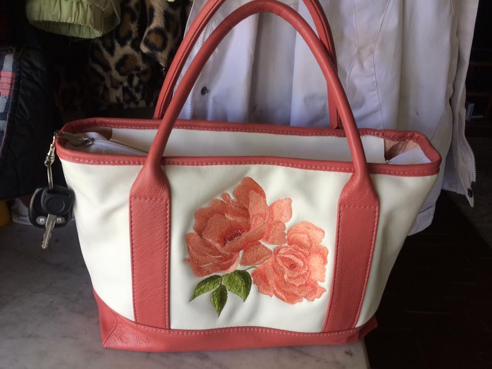 Embroidered bag with red rose free design