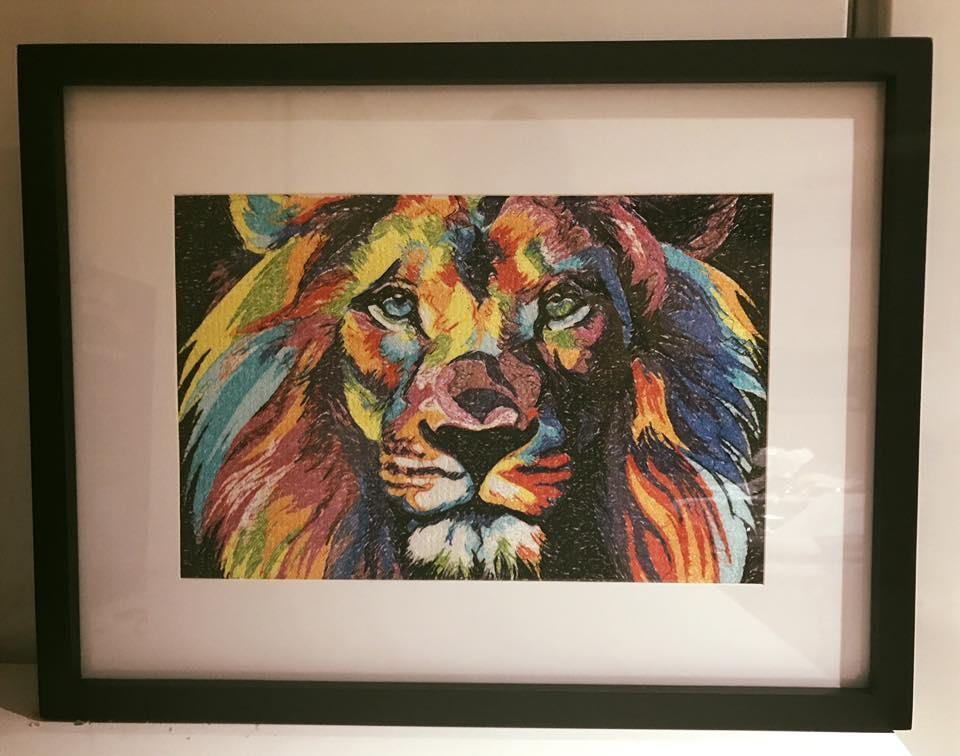 Framed lion in bright colors photo stitch free embroidery design