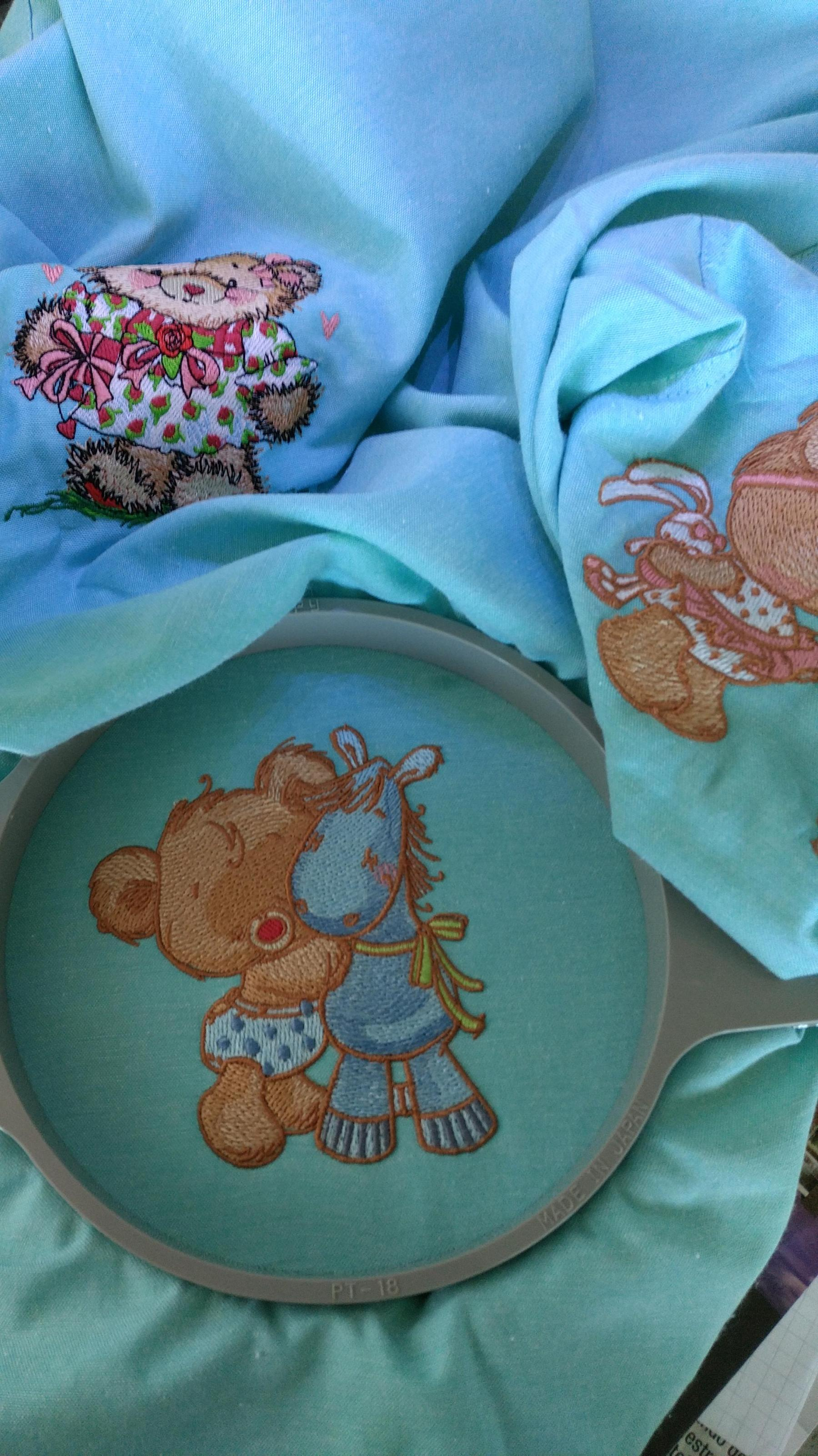 More Teddy Bear embroidery designs