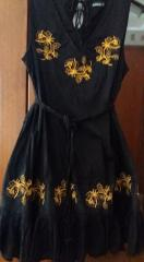 Dress embroidered with yellow roses free design