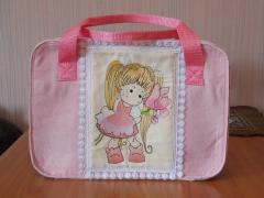 Adirable bag with Pretty Girl free embroidery design
