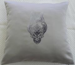 Decorative pillow with embroidered owl machine embroidery design