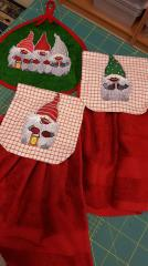 Christmas gifts with Dwarves embroidery design