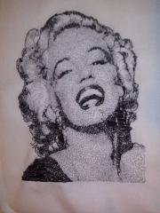 Marilyn Monroe free machine embroidery design