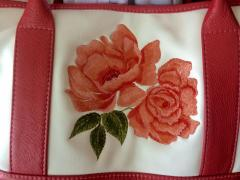 Handbag with Red rose free embroidery design