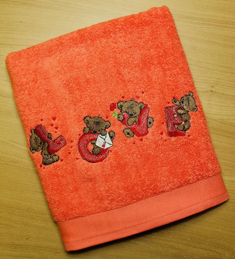 Towel with Teddy Bear Love letters embroidery design