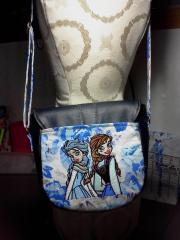 Hanbag with Frozen sisters embroidery design