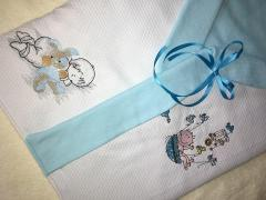 Embroidered envelope for newborn