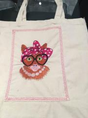 Shopping bag with Granny cat embroidery design