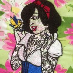 Modern Snow White machine embroidery design