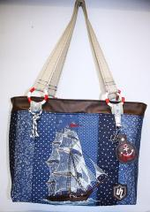 Bag with Sea ship free embroidery design