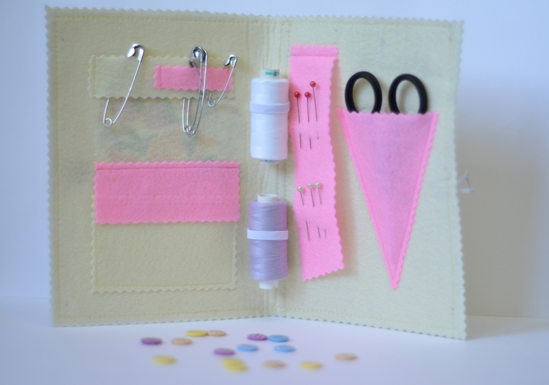 Sewing set embroidered