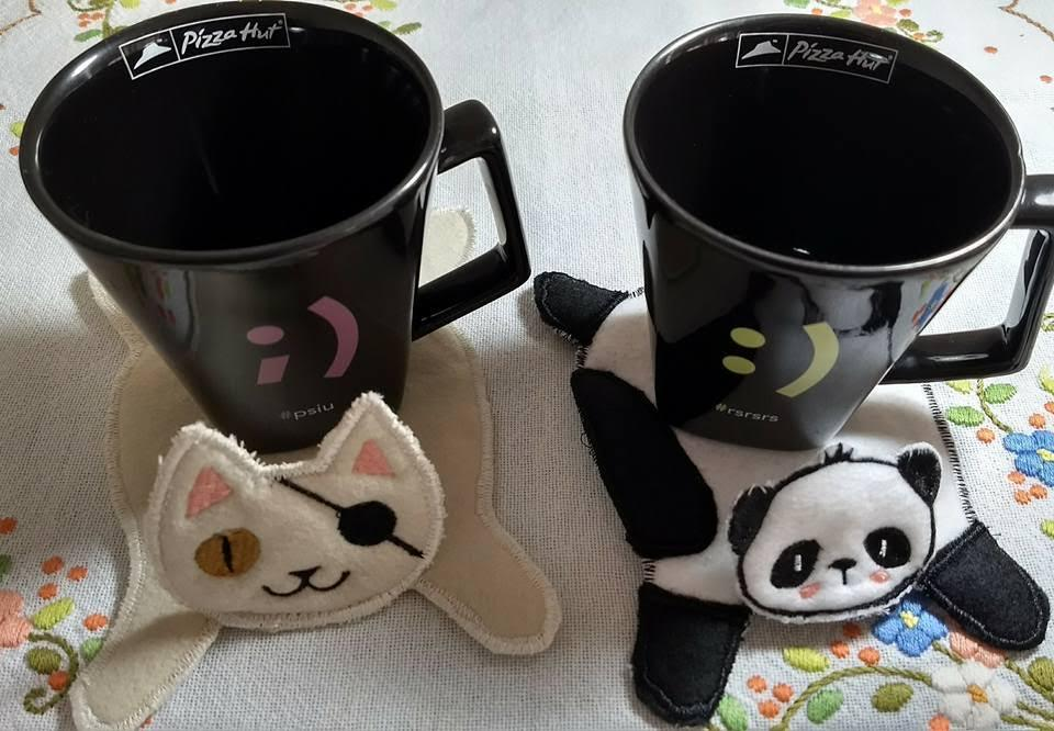Embroidered stands for hot mug with animals muzzle free designs