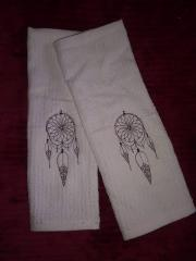 Embroidered towels with Black dreamcatcher free design