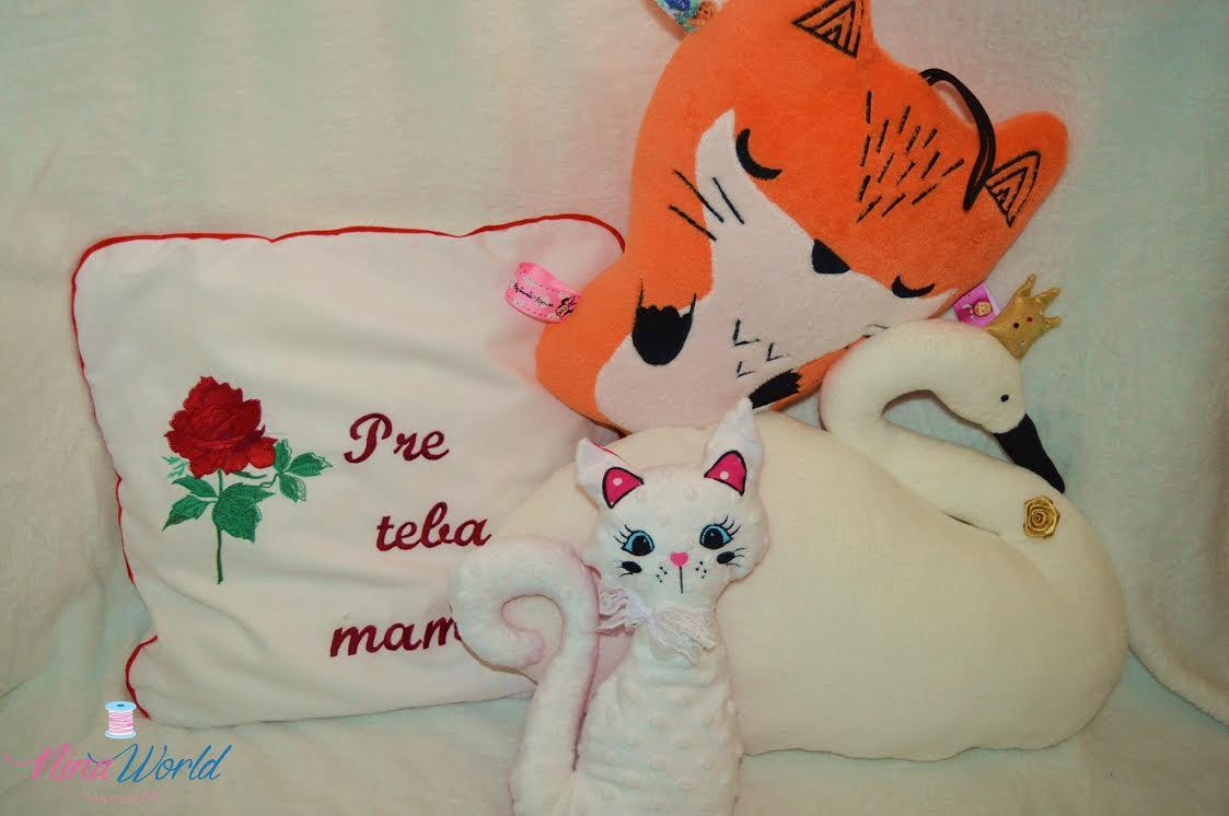 Embroidered cushion and textile figures with rose free design