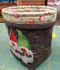 Embroidered box with Christmas dwarves design