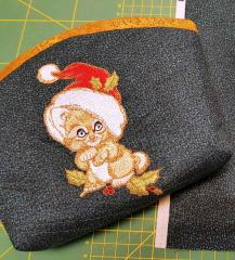 Embroidered small bag with kitten Santa design