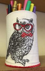 Embroidered glass for pencils with owl design