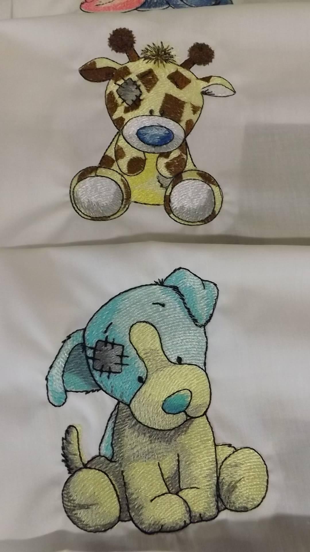 Twiggy Giraffe and Chase dog embroidery design