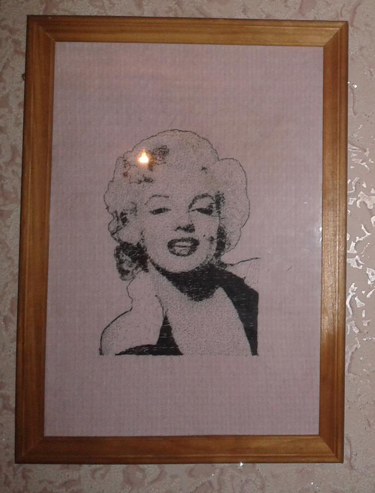 Marilyn Monroe embroidered portrait