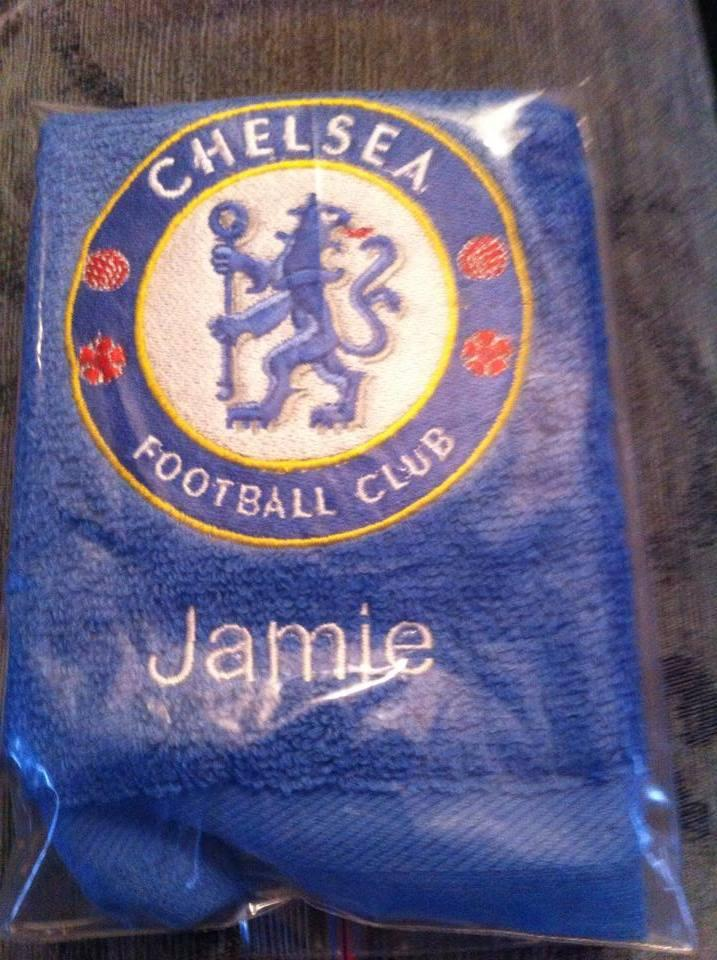 Chelsea logo embroidered towel