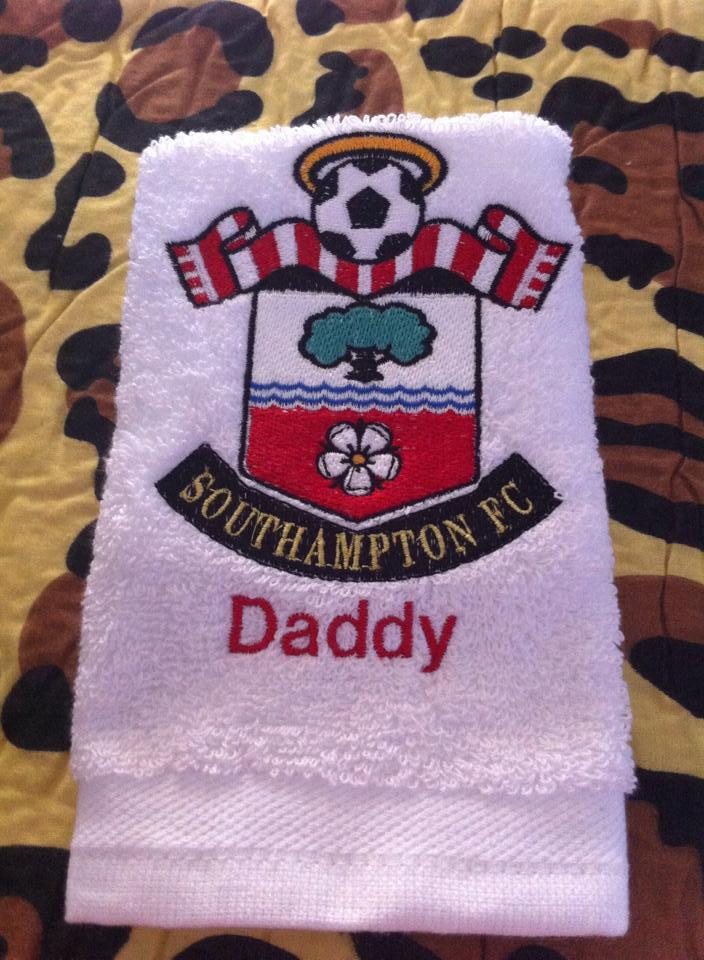 Towel with Southampton Football Club embroidery logo