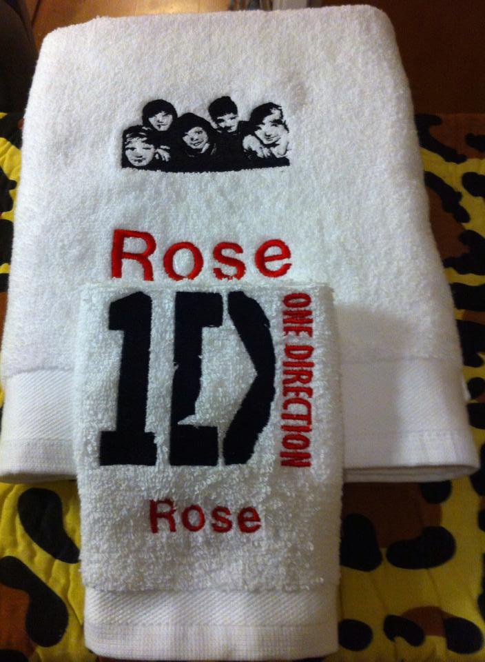 Embroidered towel with One Direction logo