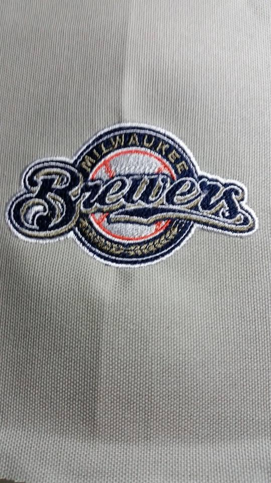 Embroidered towel with Milwaukee Brewers logo