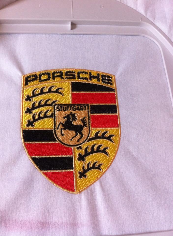 Porshe logo embroidered variant
