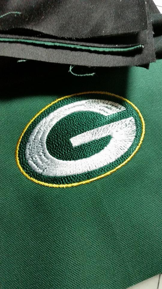 Embroidered towel with Green Bay Packers logo