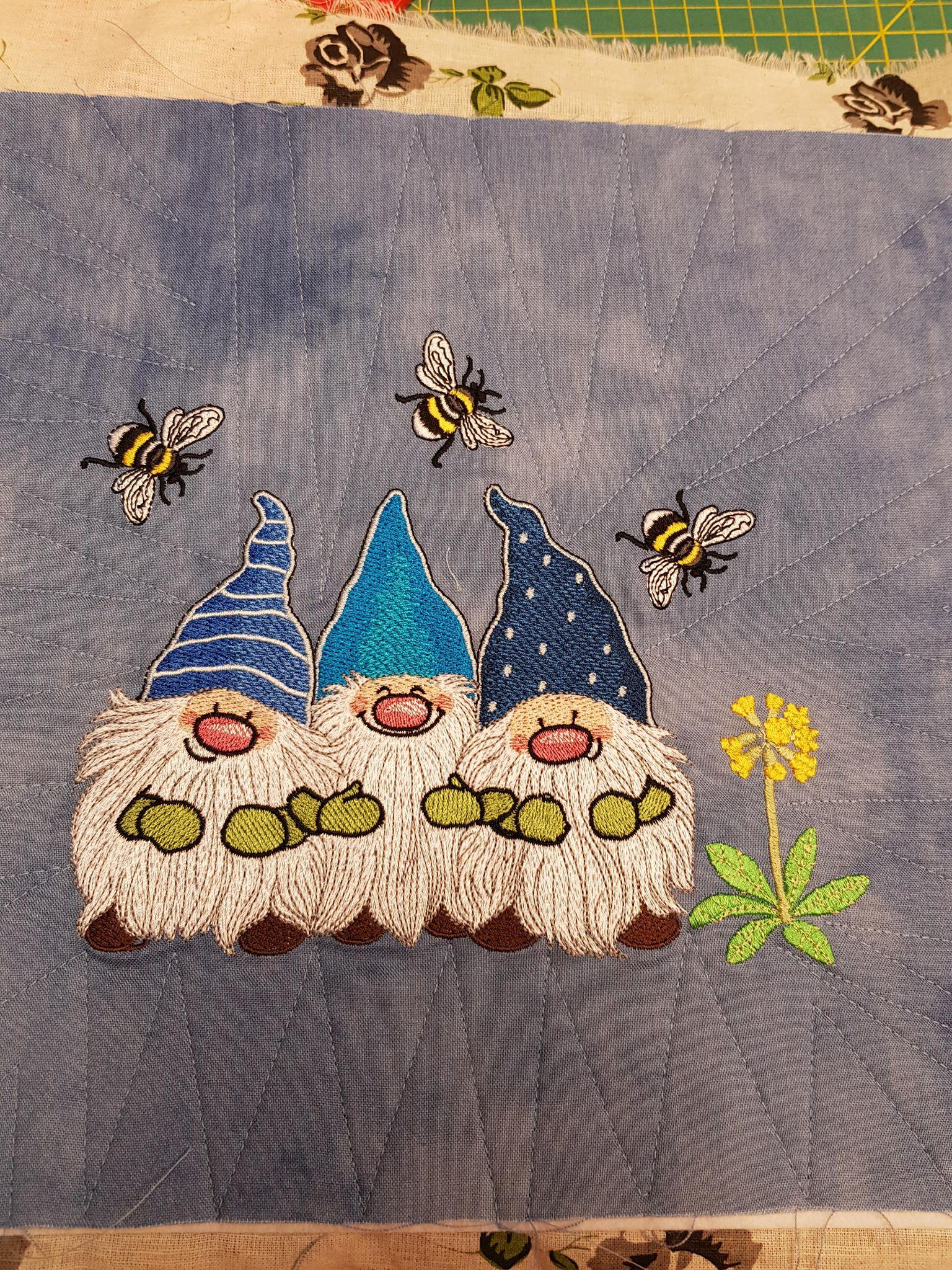 Merry dwarves embroidery design
