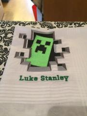 Creeper on towel machine embroidery design