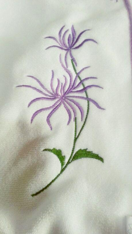 Purple chrysantemum free embroidery design